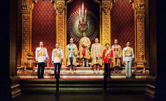 Восемь правителей династии Чакри Сиамского периода, восковые изображения