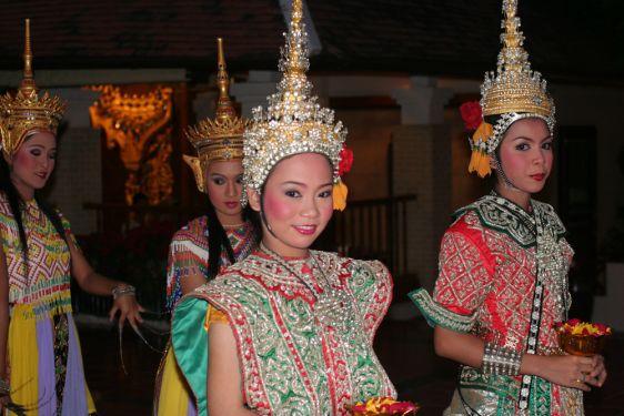 Традиционные тайские костюмы зародились в ранних тайских государствах