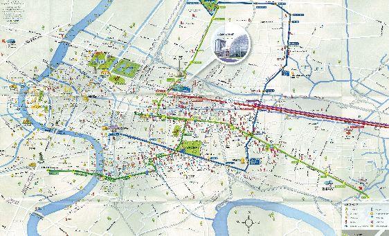 На этой карте отмечены отели, торговые центры, парки, рестораны, аптечные пункты, заправочные станции и пр.