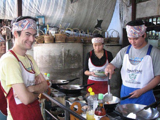 Особенной популярностью с Чианг Мае пользуются кулинарные курсы