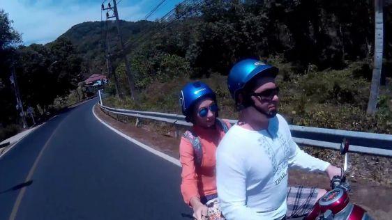 Аненда мопеда / скутера в Таиланде выглядит очень притягательно и романтично.. давайте узнаем как дела обстоят на самом деле!