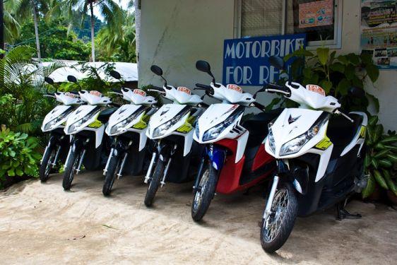 В Таиланде большой выбор скутеров напрокат