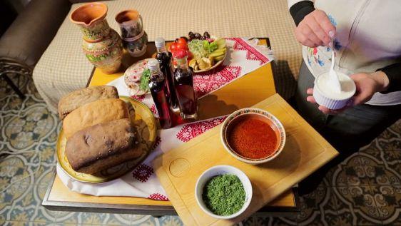 При желании в Бангкоке можно найти борщ, пельмени и другие русские блюда