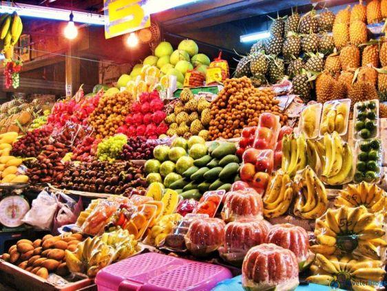 Новогодних мандаринов в Паттайе вы скорее всего не встретите, зато есть масса других вкуснейших фруктов!