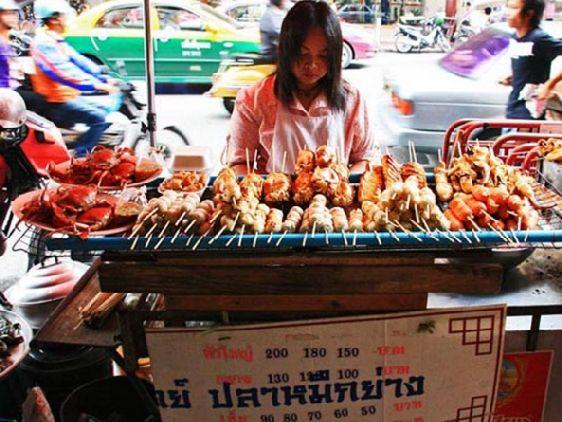 Экзотическая и вкусная и еда - одна из главных фишек Таиланда