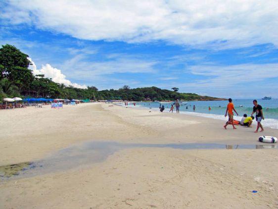 Пляж Hat Sai Kaew на Самете