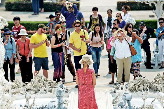 Как одеваться и вести себя в храмах Таиланда? Отвечаем!