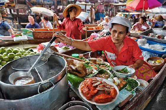 Многие считают Талан Бан Май лучшим традиционным тайским рынком во всей стране