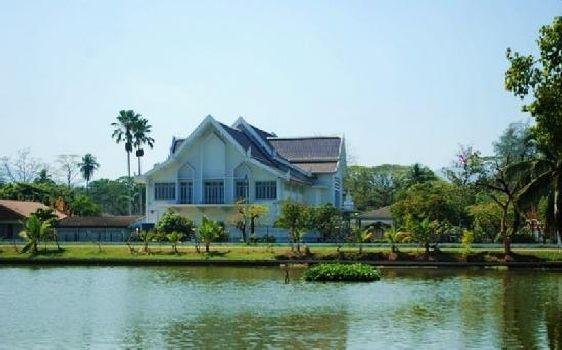 Музей Рамакхамхаенг обладает огромной коллекцией античных предметов