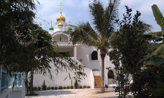 Для тех кто едет надолго наличие православных храмов в Таиланде может быть большим плюсом